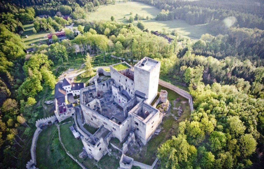 Landštejn ožije rytířskými turnaji
