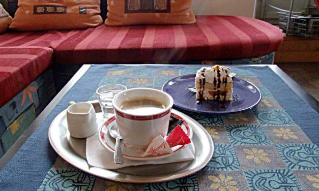 Kavárna – café U nás doma