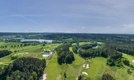 Golf otevřel obě hřiště